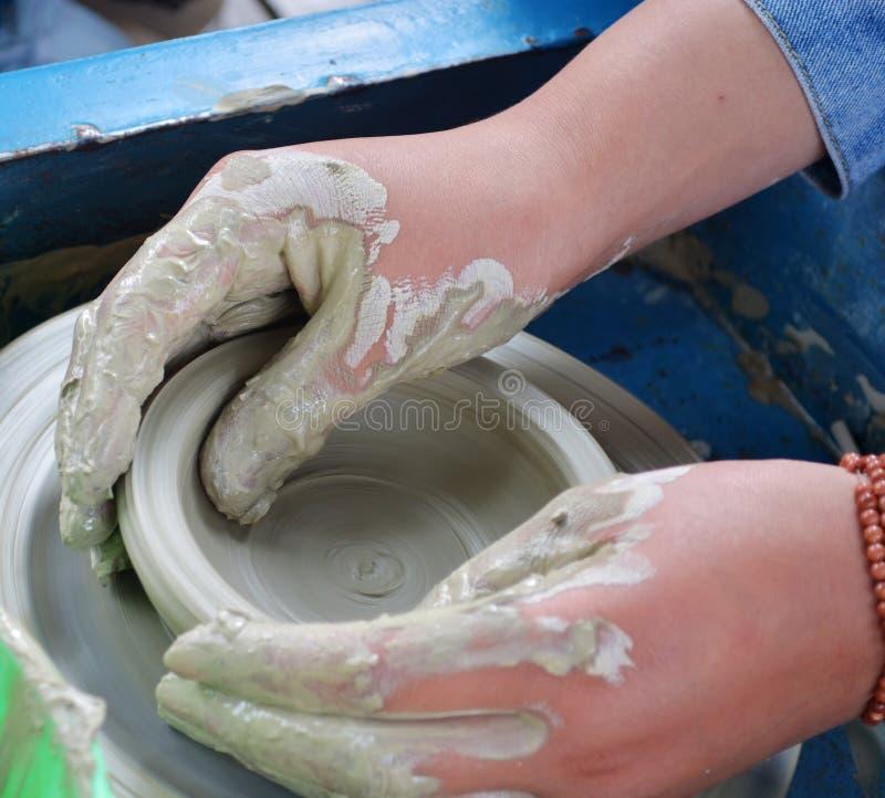 Гончарня - handmade керамика стоковая фотография rf