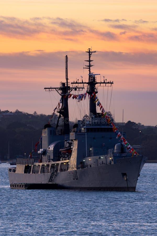 Гоньба службы береговой охраны USCGC Соединенных Штатов нигерийского резца грома F90 военно-морского флота NNS бывшая, резец Гами стоковое изображение rf