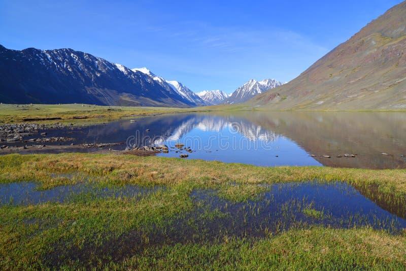 гора ландшафта озера Крыма dag ayu стоковое фото rf