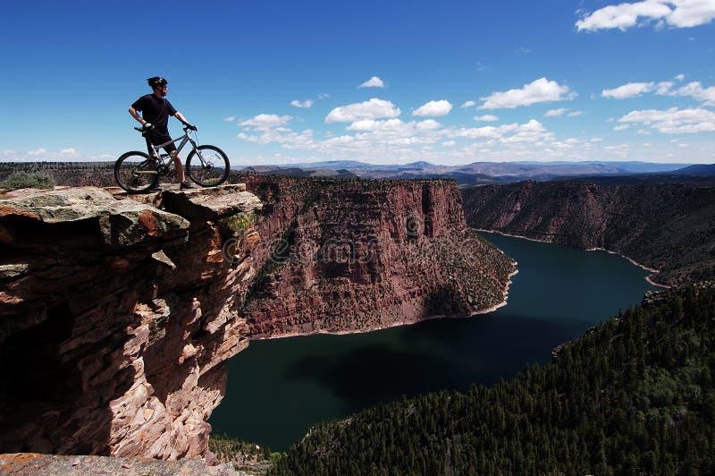 гора велосипедиста стоковые изображения