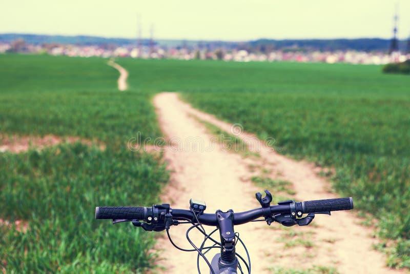 Гора велосипед вниз стоковая фотография