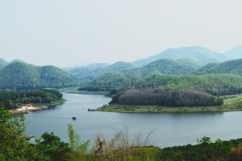 Гора и реки стоковые фото