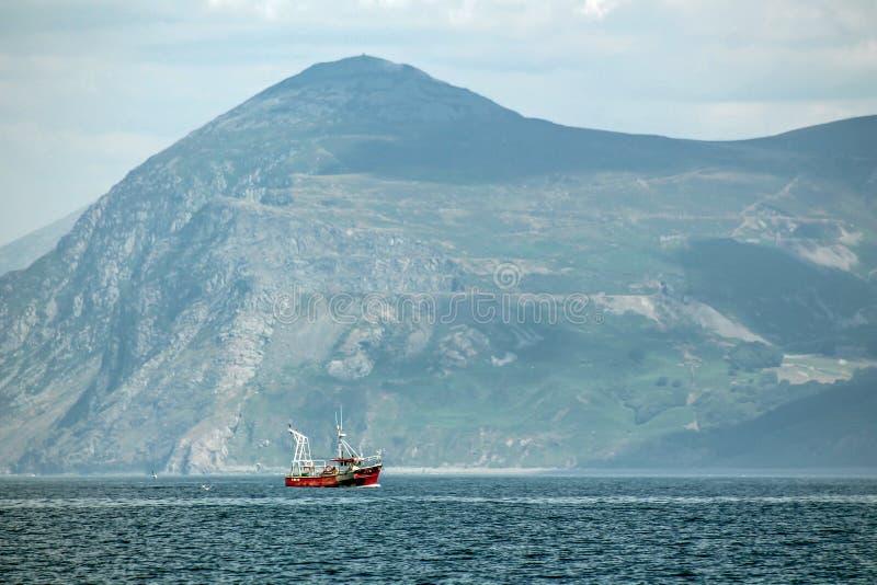 Гора рыбацкой лодки стоковые фотографии rf