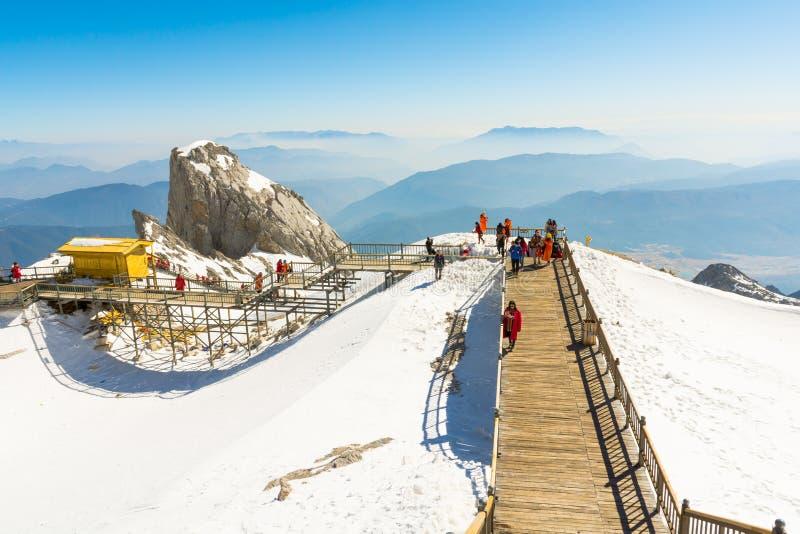 Гора снежка дракона нефрита стоковое фото rf