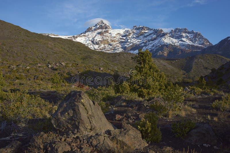 Гора Сьерра Velluda в национальном парке Laguna de Laja, Чили стоковое фото