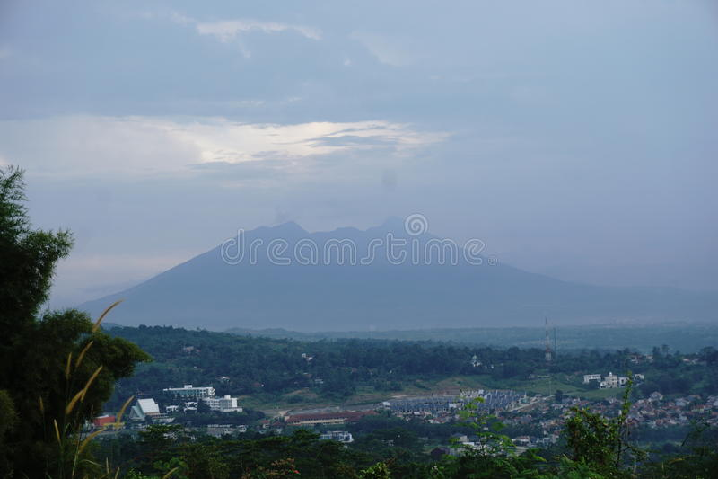 Гора тени стоковое изображение rf