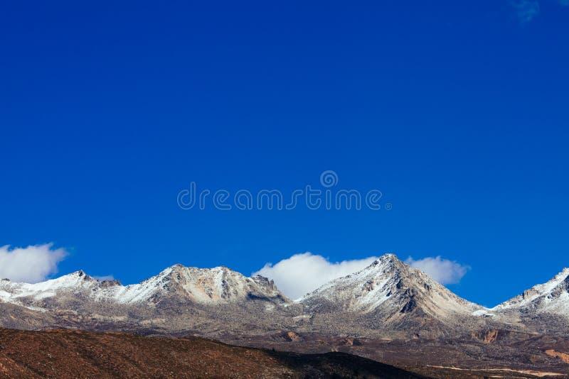 Гора тибетца осени стоковые фото