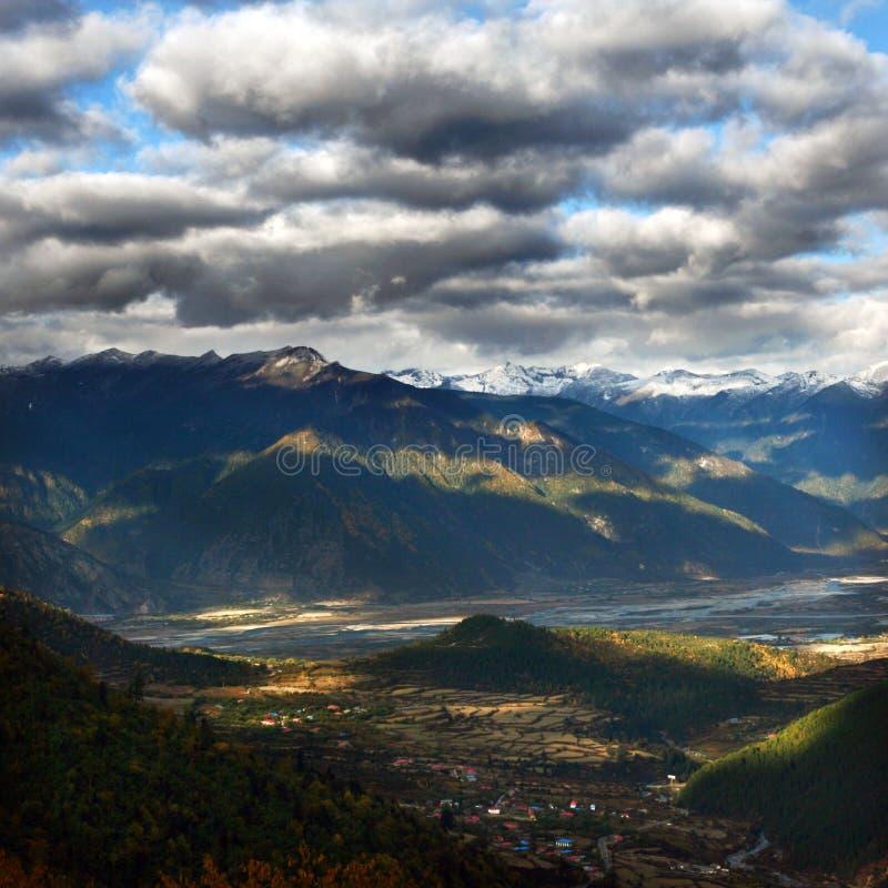 гора Тибет стоковое изображение rf
