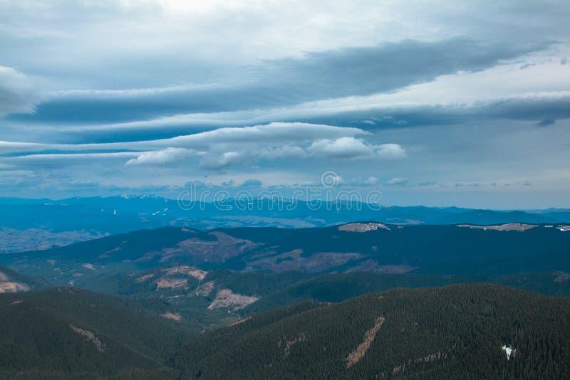 Гора украинца Goverla стоковая фотография