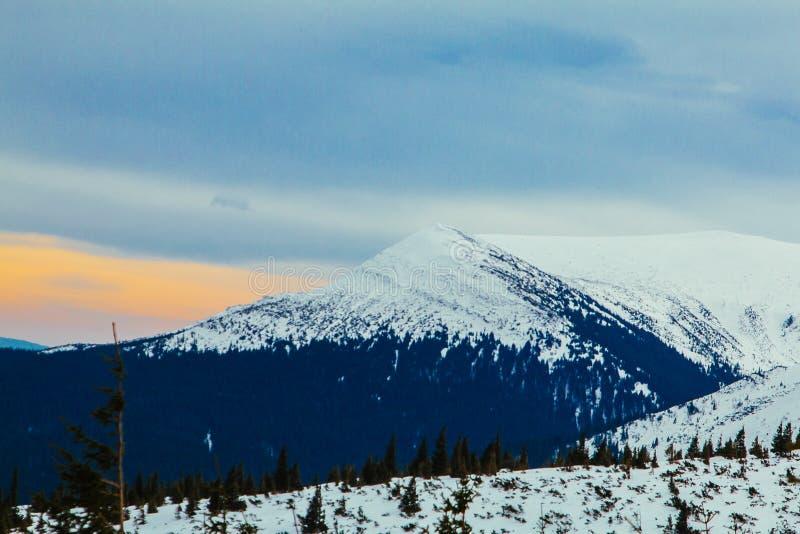 Гора украинца Goverla стоковое фото