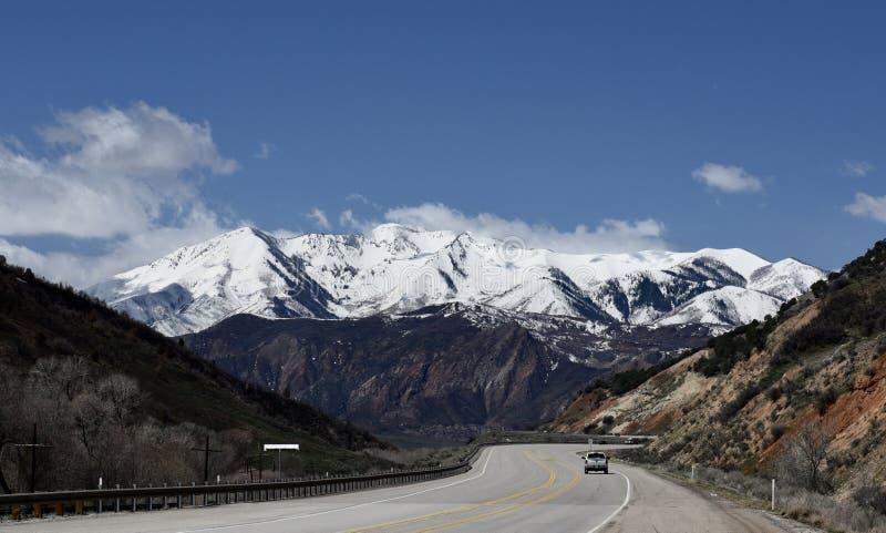 Гора Уосат вдоль шоссе #1 Юты стоковая фотография rf