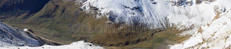Гора Aragats Армения заволакивает небо стоковая фотография rf