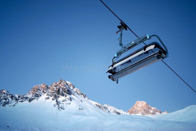 гора chairlift стоковое изображение rf