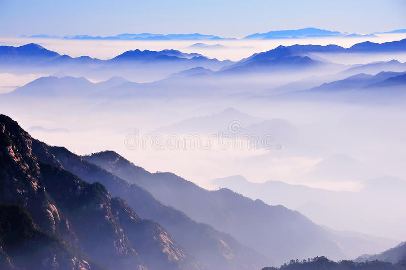 Гора Huangshan (желтая) стоковые изображения