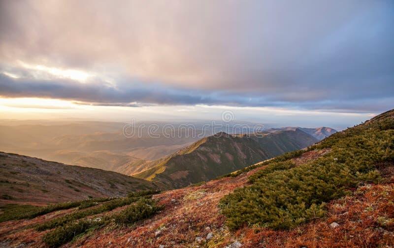 Гора Lopatina стоковая фотография rf