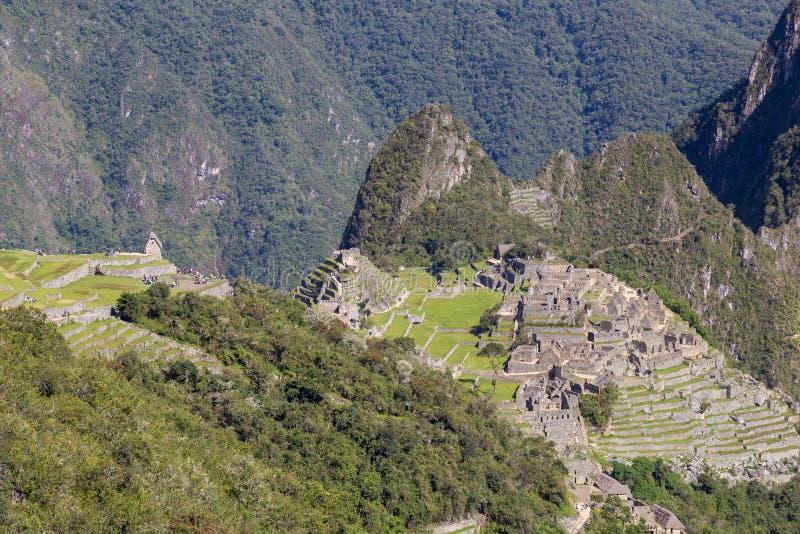 Гора Machu Picchu и Huayna Picchu в Перу, увиденном от двери солнца стоковое изображение rf