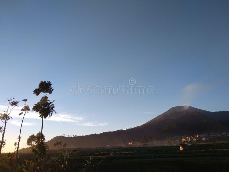 Гора Slamet стоковое изображение rf