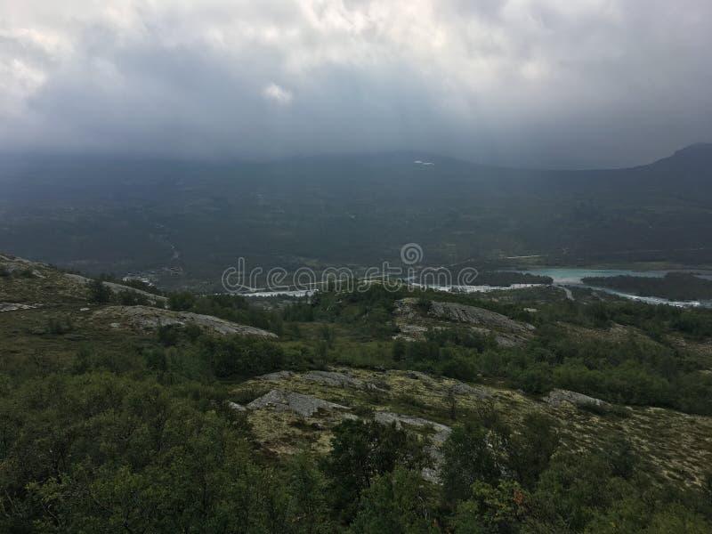 Гора Tessanden в Норвегии - Jotunheimen стоковое изображение rf