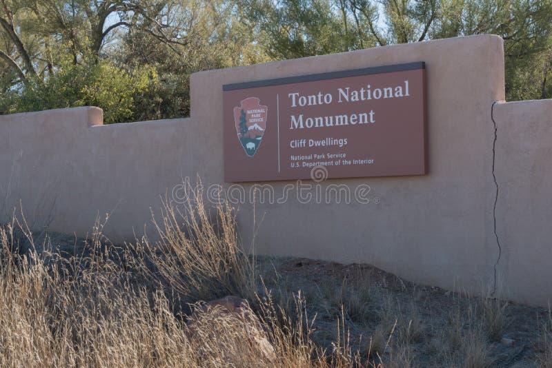 Горизонтальный национального монумента Tonto подпишите внутри Аризону стоковая фотография rf