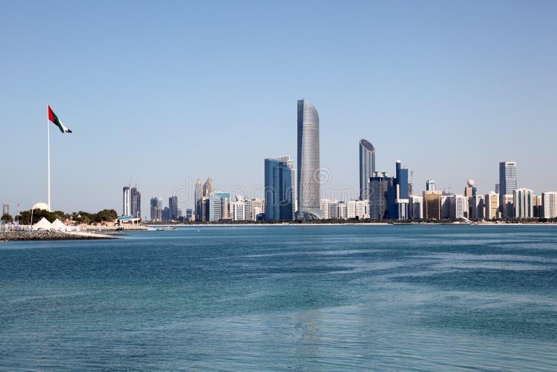 Горизонт Абу-Даби стоковое фото