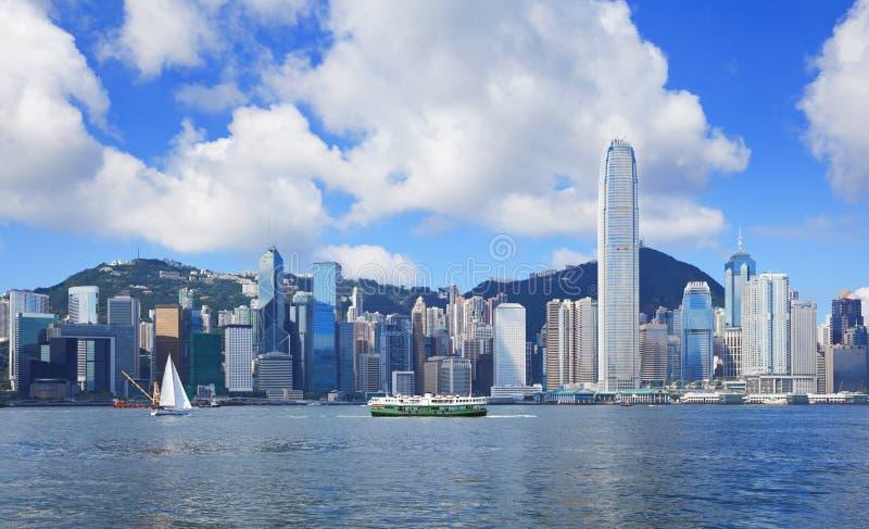 Download Горизонт Гонконга стоковое фото. изображение насчитывающей гавань - 33737996