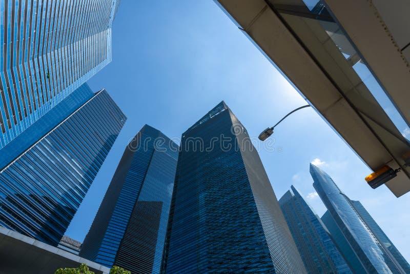 Горизонт города Сингапура Городские офисные здания небоскребов стоковое фото rf