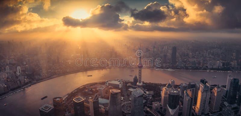 Горизонт города Шанхая стоковое изображение rf
