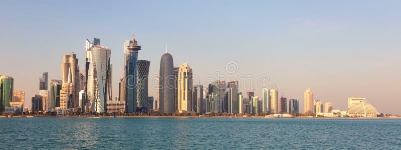 Горизонт города Дохи стоковое изображение