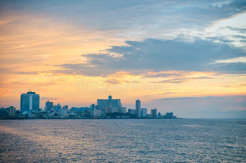 Горизонт захода солнца Гаваны Кубы стоковое изображение rf