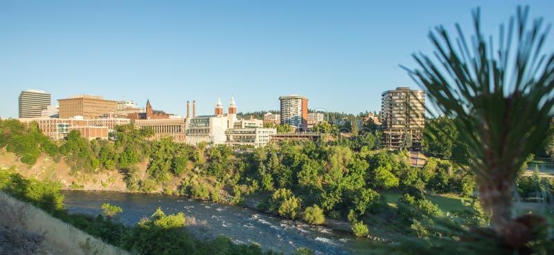Горизонт и улицы города Spokane Вашингтона стоковое изображение rf