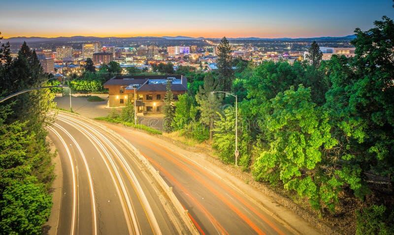 Горизонт и улицы города Spokane Вашингтона стоковые изображения rf