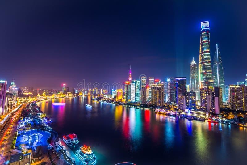 Горизонт на ноче, Китай Шанхая Пудуна стоковые фотографии rf