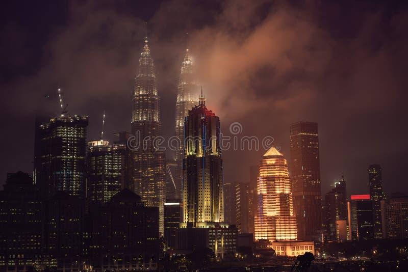 Горизонт на ноче, Малайзия Куалаа-Лумпур, Куала-Лумпур столица Малайзии стоковое фото