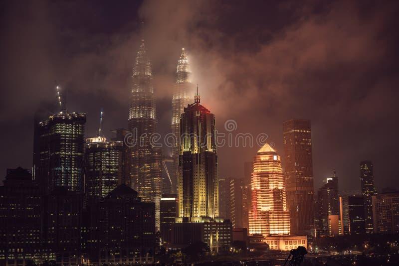 Горизонт на ноче, Малайзия Куалаа-Лумпур, Куала-Лумпур столица Малайзии стоковые изображения rf