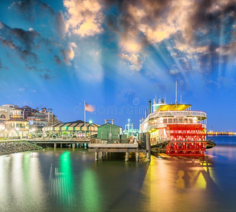 Горизонт Нового Орлеана, Lousiana - США стоковое изображение rf