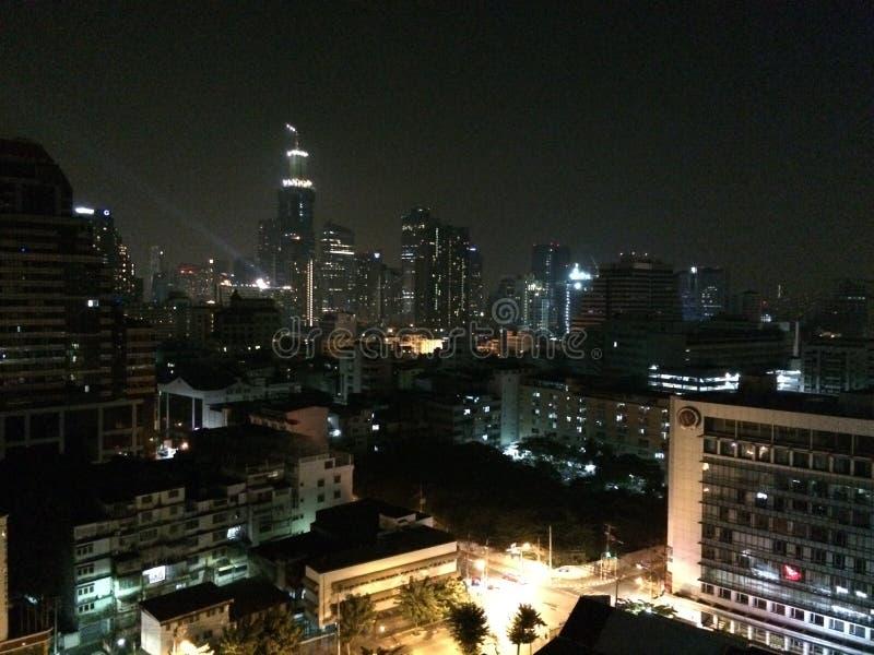 Горизонт ночи Бангкока стоковая фотография