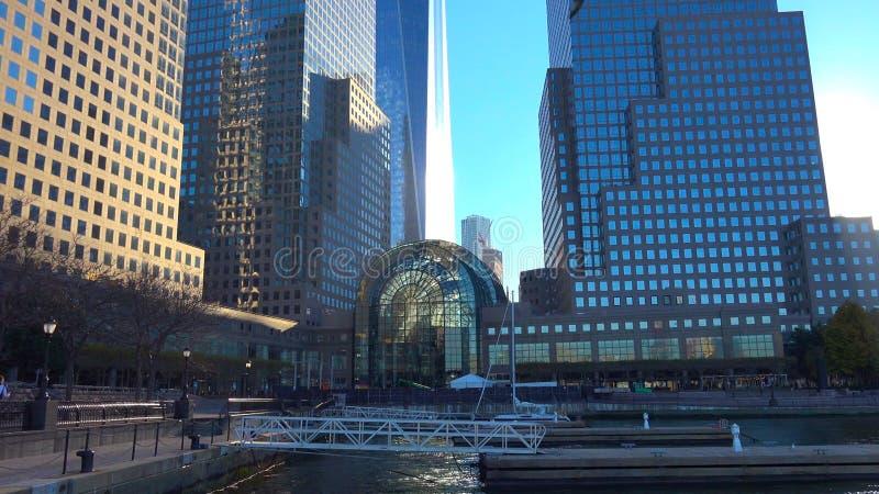 Горизонт Нью-Йорка Манхаттана, u S A - небоскребы в Нью-Йорке стоковая фотография