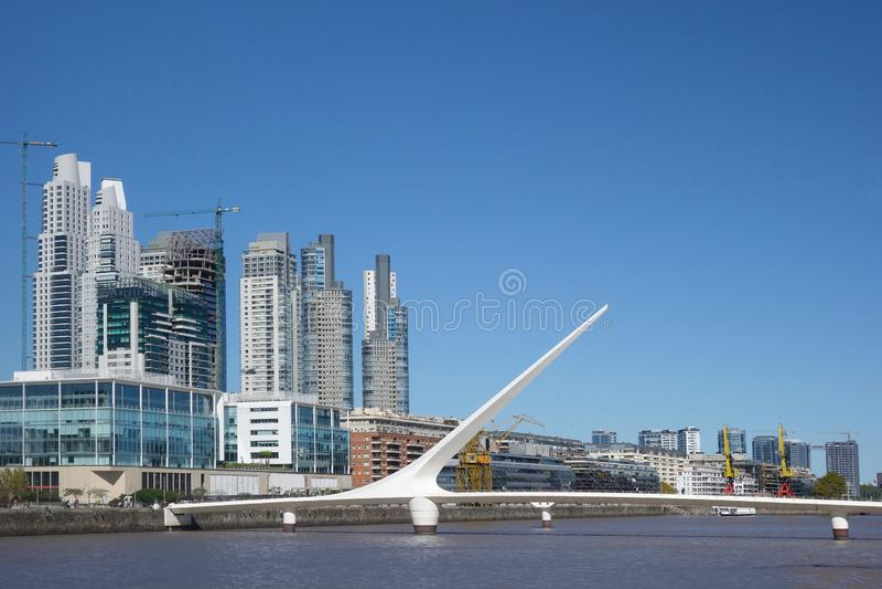 Горизонт порта Буэноса-Айрес стоковая фотография rf