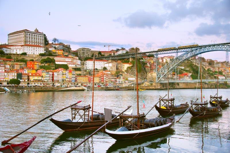 Горизонт Порту иконический Португалия стоковые изображения rf