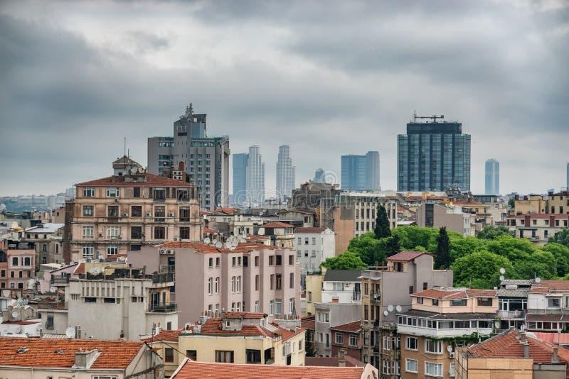 Горизонт с современными зданиями, Турция Стамбула стоковые изображения