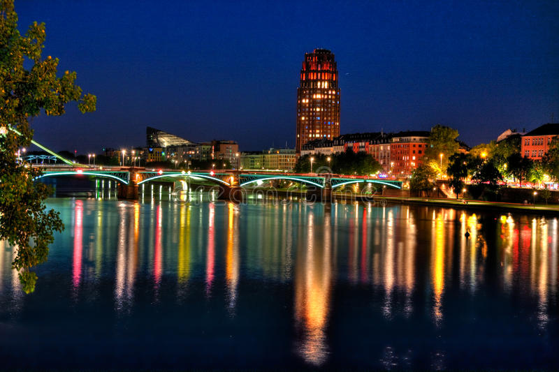 Горизонт Франкфурт-на-Майне - изображение запаса стоковая фотография