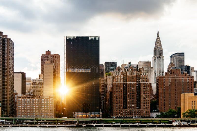 Горизонт центра города Нью-Йорка стоковое изображение