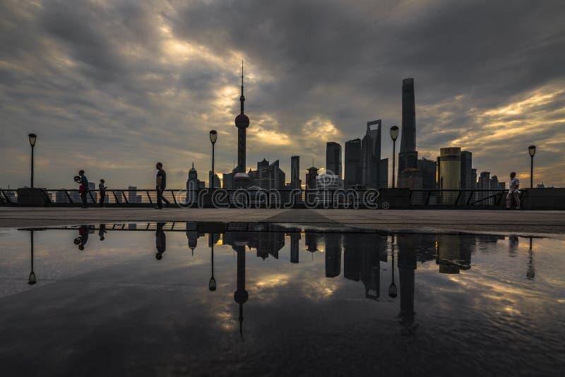 Горизонт Lujiazhui Пудуна стоковая фотография