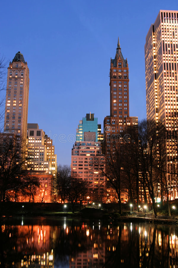 горизонт york парка manhattan главного города новый стоковые фотографии rf