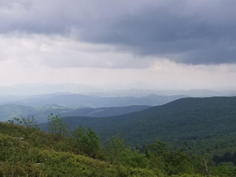 Гористые местности в горном виде Вирджинии стоковое изображение