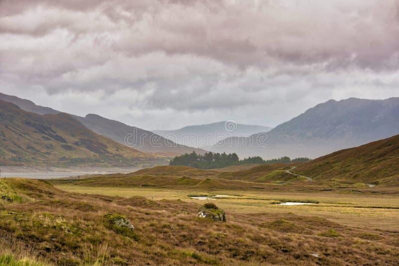 гористые местности шотландские стоковое изображение rf
