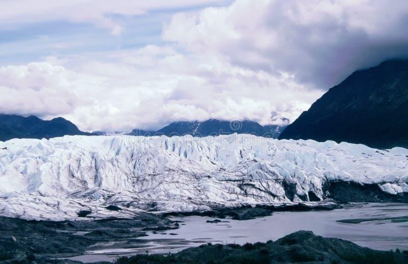 горная цепь matanuska ледника стоковые фотографии rf