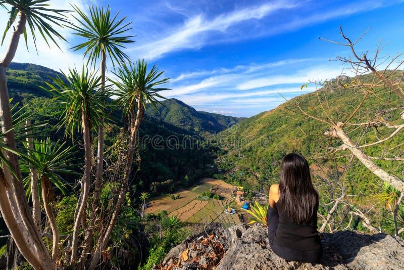 Горный ландшафт Таиланда стоковые изображения rf
