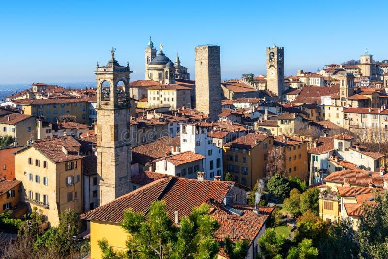 Городок Бергама исторический старый, Ломбардия, Италия стоковые изображения rf