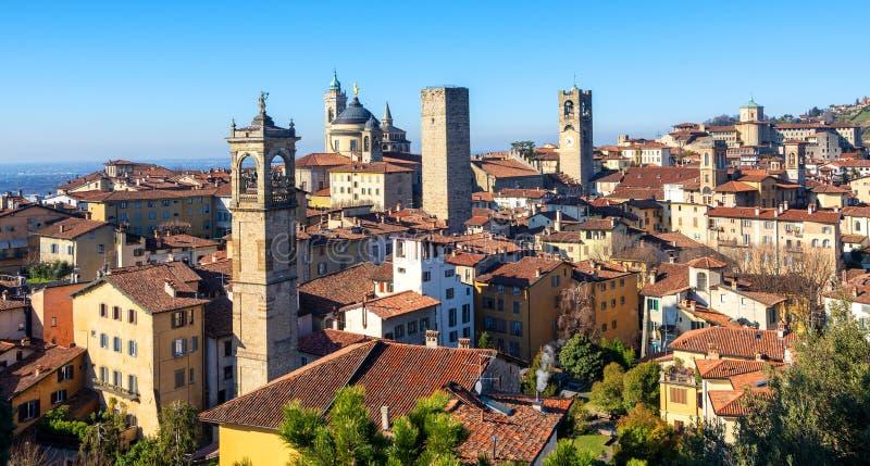Городок Бергама исторический старый, Ломбардия, Италия стоковая фотография rf